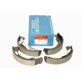 Brake Shoe Set OPEL VECTRA B1600 95 - 02 Rear