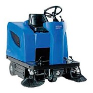 Sweeping The Streets Of Machine Driven By Adriver (petrol)